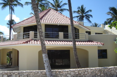 Los Corales Village - Moonstar 1-3 - External view